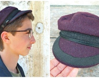 Vintage navy cap burgundy felt wool  and black trim