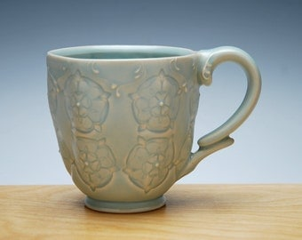 Frost mug w. Tudor Rose, Victorian modern stamped cup