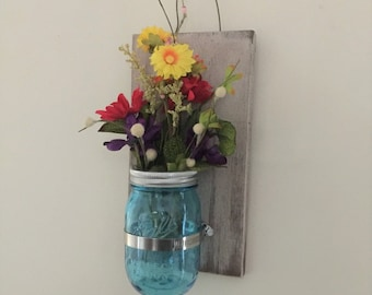 Wooden Plaque Blue Mason Jar Flower/Candle Holder