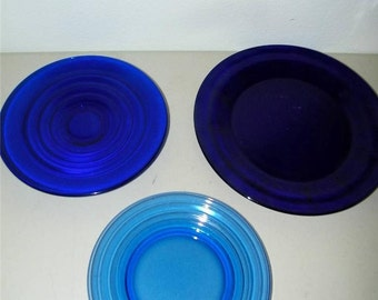 3 Vintage Cobalt Blue Glass Plate Dinner Salad Dessert Bread 12953