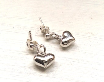 Gift for her, ladies gift, earrings, jewellery, jewelry, silver heart, silver chain, Bridesmaids present, Christmas presents
