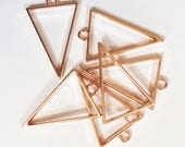 8 Rose Gold plated alloy Triangle  pendant  39x25mm, Rose Gold finished triangle pendant