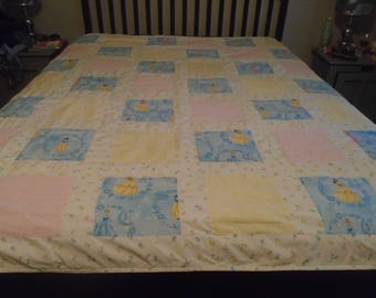 Disney Princess quilt for girls with Snow White, Ariel, and Cinderella pastel patchwork bedspread, bed cover, throw for single, twin bed