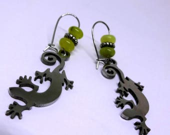 Stainless Steel Gecko Earrings- Stainless Steel Ear Wires, New Jade Beads, Sybolism Jewelry, 316l Stainless Steel Jewelry, Nature Lover, Fun