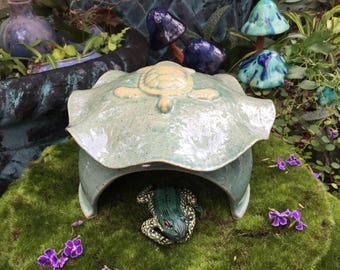 Turtle Toad Abode Frog House For Green Gardening, Sea Turtle Design, Blue Toad Abode, Unique Garden Art Pottery, Garden Decor