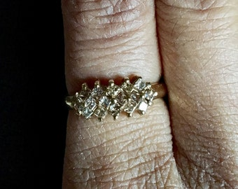 Gorgeous vintage 1/2 carat champagne C1 10K yellow Gold princess cut diamond shaped diamond band cluster ring size 5.5