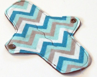 """Reusable Cloth winged ULTRATHIN Pantyliner - 8 Inch in """"Blue Chevron"""" - Cotton Flannel top"""