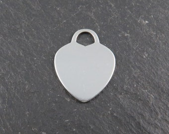 Sterling Silver Heart Pendant 16mm (CG8937)