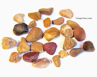 Lot Chert / Jasper Beach Pebbles, Rocks, Stones, Lake Ontario