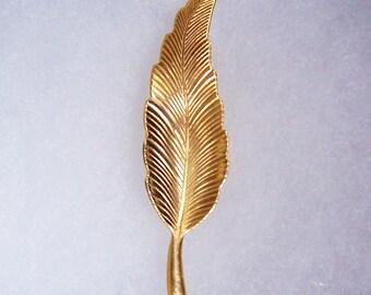 """Vintage Gold Tone Leaf Brooch 2 1/4"""" long Nice detail"""