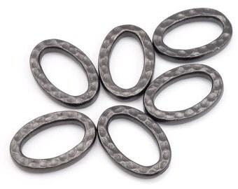 TierraCast Small HAMMERTONE OVAL Link - Black Oxide Gunmetal Gun Metal Textured Metal Findings Tierra Cast (PB41)