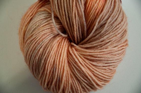 Hand-Dyed Yarn in Peach Pie Colourway Sock Yarn Superwash Wool/Nylon Tootsie Base