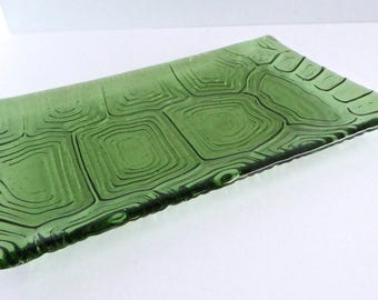 Fused Glass Turtle Shell Imprinted Plate in Pale Leaf Green by BPRDesigns