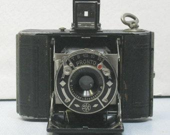 Vintage Nagel Vollenda 127 Film Camera 1931-1932 Camerawerks Stuttgart, Germany