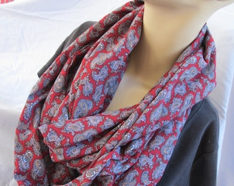 SALE - Burgundy Paisley Print Cowl/Circle Scarf/Infinity Scarf (5552)