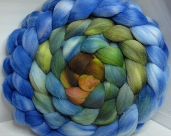 Merino 15.5 Roving Combed Top 5oz - Misty Leaves 2