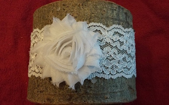 White or Ivory Lace with shabby chic rose beautiful Wedding Bridal Garter Bride's Garter Belt Soft and Comfortable