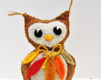 Autumn felt owl- stuffed Autumn wee feltie owlet in spiced pumpkin and winter white, with fall leaves Ready to Ship
