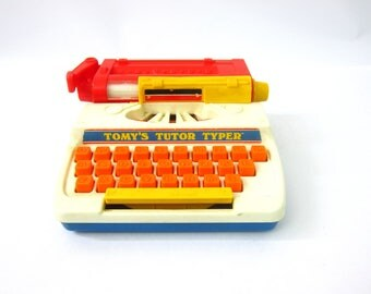 Vintage 1970s Tomy's Tutor Typer Typewriter Toy School Desk Pretend Play Works Great 1977
