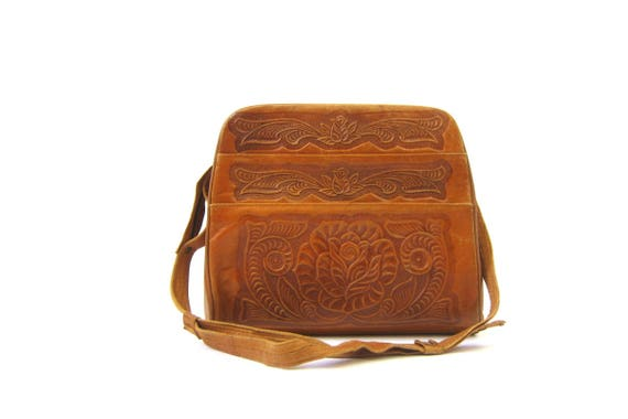 1960s tooled leather purse Brown Floral purse Flower Embossed bag boho hippie 60s Southwestern Leather Crossbody Across Body Purse
