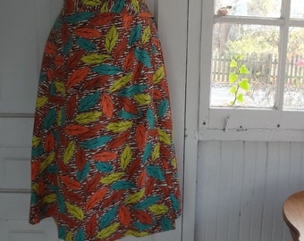 Vintage Late 1940s or Early 1950s Autumn Leaves Print Cotton Wrap Skirt, with a bonus