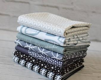 Black Gray Quilt Fabric Fat Quarter Bundle Set of 7