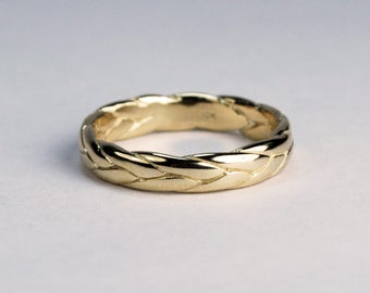 10k Yellow Gold Wide Braid Ring with Low Profile
