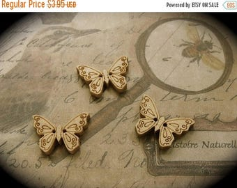 ON SALE 6 Wooden Nature Butterfly Buttons