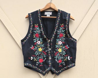 Folksy vintage Boho Floral Embroidered Black Cotton Vest / New Directions Vest / Hippie Indie Hipster Bohemian Festival Vest
