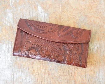 vintage hand tooled leather wallet, tooled leather clutch, Mexican tri-fold wallet