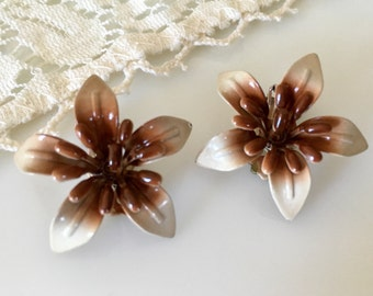 Vintage Brown Enamel Lily Flower Clip Earrings