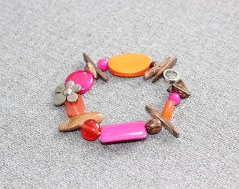 bracelet, bijoux, bracelet rose, bracelet jade, estival, rose, orange, bois, bois exotique, coloré, bijoux fleur, féminin, romantique quebec