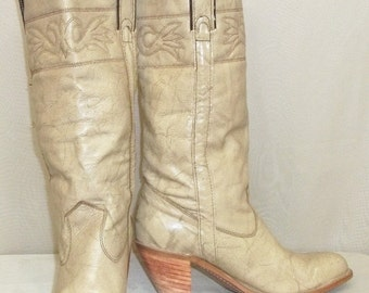 SWEETHEART SALE Vintage Capezio BOHO Marbled Leather Cowboy Western Boots Womens 7 M
