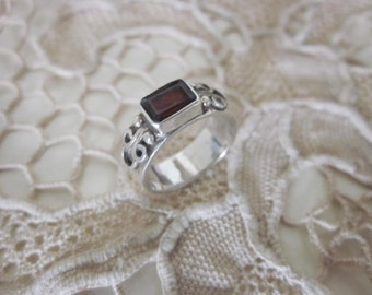 Ornate Sterling Silver and square Garnet ring sz. 6