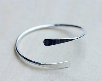 Arm Cuff Silver, Arm Cuff, Silver Adjustable Cuff, Adjustable Bracelet, Spiral Bracelet, Silver Bracelet, Silver Cuff Bracelet, Arm Cuff