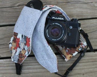 Ready to ship No monograming Wide Camera Strap for DSL camera Cat Print with Grey Reverse and Lens Cap Pocket