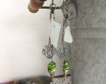 The Wire Of Our Desires: baraoque earrings, a beautiful romance .....