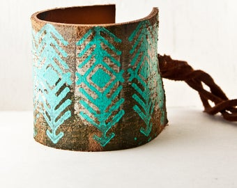 Turquoise Jewelry, Tribal Leather Jewelry, Turquoise Wide Cuff, Festival Fashion Turquoise Arrow Holiday Shopping