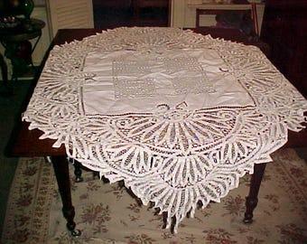 "Vintage 1900s LinenTablecloth CUTWORK & Tendrils Hand Work 55"" Across Refined Elegance"