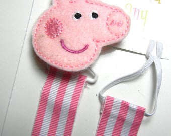 Pacifier holder, pacifier clip, Peppa Pig pacifier clip, Peppa pig baby gift, pink pig binky clip, binky holder, baby shower gift, paci clip