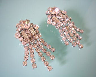 Vintage Rhinestone Earrings, Bridal Accessories, Art Deco Style, Clip On, Great Gatsby, Sparkly, Dangly, 1950s, Cocktail Jewelry, Diamante