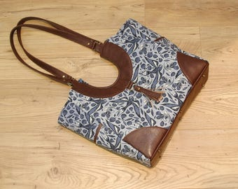 Trillium Tote Bag in Cotton and Steel Sailor Ink in Blue with brown faux leather