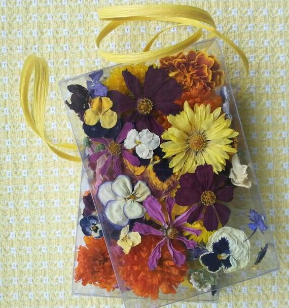 Wedding Confetti, Dry Flowers, Table Decor,  Centerpiece, Lavender,  Wedding Favor, Wildflowers, Flower Girl, Basket, Favor, 35 Real Flowers