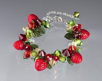 Glass Strawberry Bracelet ADJUSTABLE LENGTH Lampwork bead fruit jewelry hand blown glass art birthday gift, anniversary gift for gardener