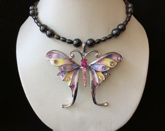 Multicolored rhinestone butterfly magnetic hematite memory wire choker necklace