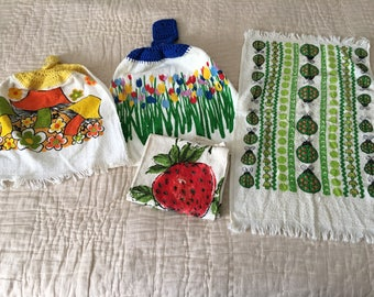 Vintage Mod Tea Towels Floral Flower Power Lot of 4 1960s SALE