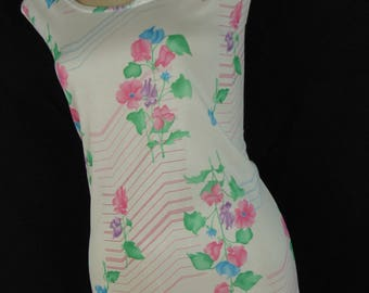 vintage floral tank top 70s pink flower sleeveless Summer blouse medium new old stock