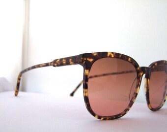 Vintage 80s  Serengeti Drivers 5301y  Sunglasses  Original Corning lenses Sunglass