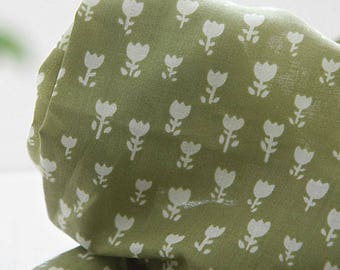 Lovely tulip on Green tea ASSA Cotton, U332