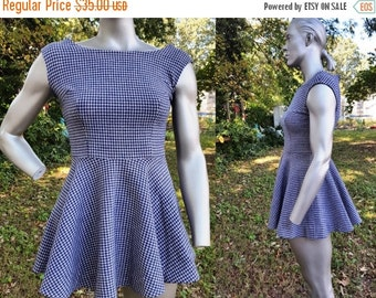 35% OFF 60s Dress / Vintage Costume / Houndstooth Dress / 60s Costume / Vintage Mini Dress in Navy and Cream Size